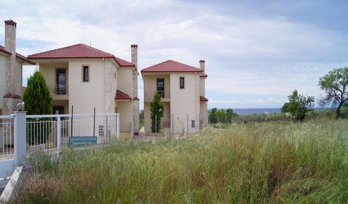 Неа Мудания дом в деревне