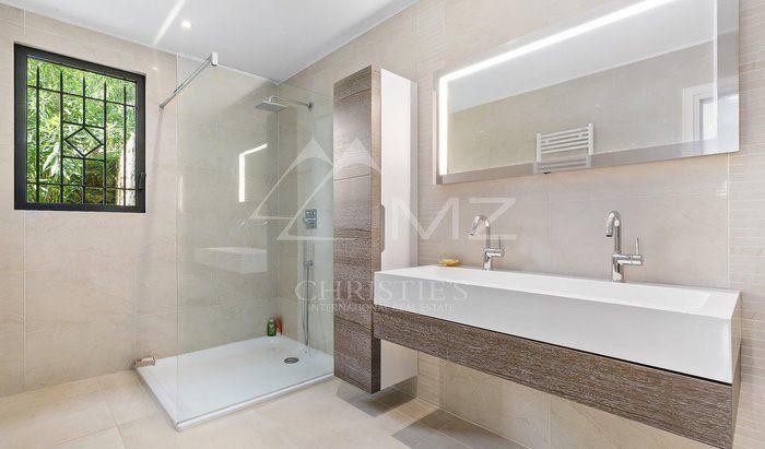 In vendita mougins villa camere da letto 5 for 5 camere da letto in vendita