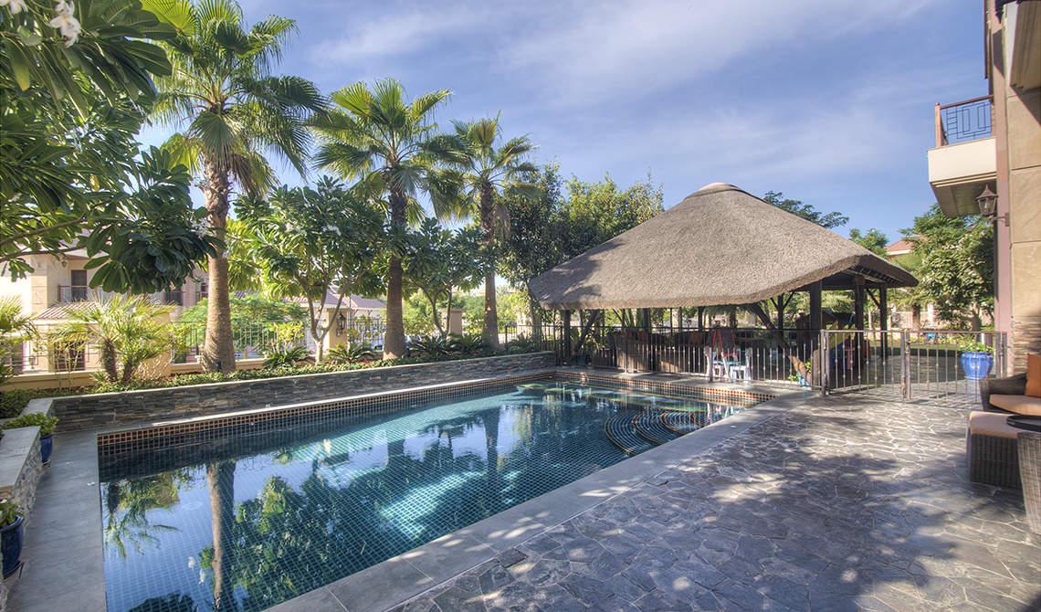 Private villa for sale in Jumeirah Islands, Dubai - 2