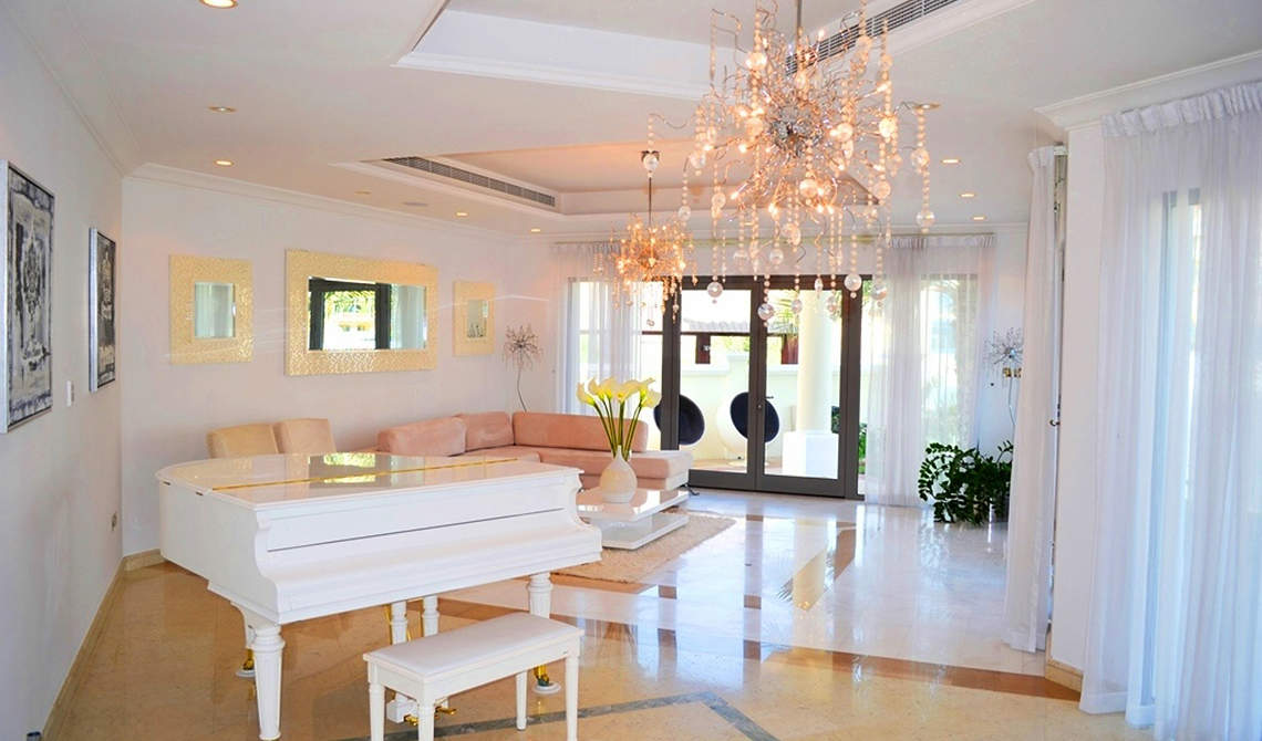Private villa for sale on Palm Jumeirah, Dubai - 2