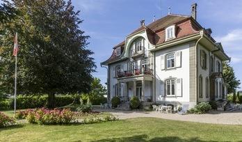 Na prodej, panské sídlo, pokoje: 12, Estavayer-le-Lac