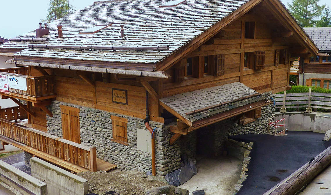 Chalet for sale in center of Verbier - 11
