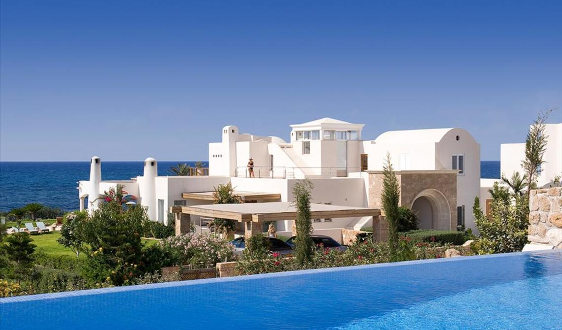 Rental property in Crotone sea priced in rubles