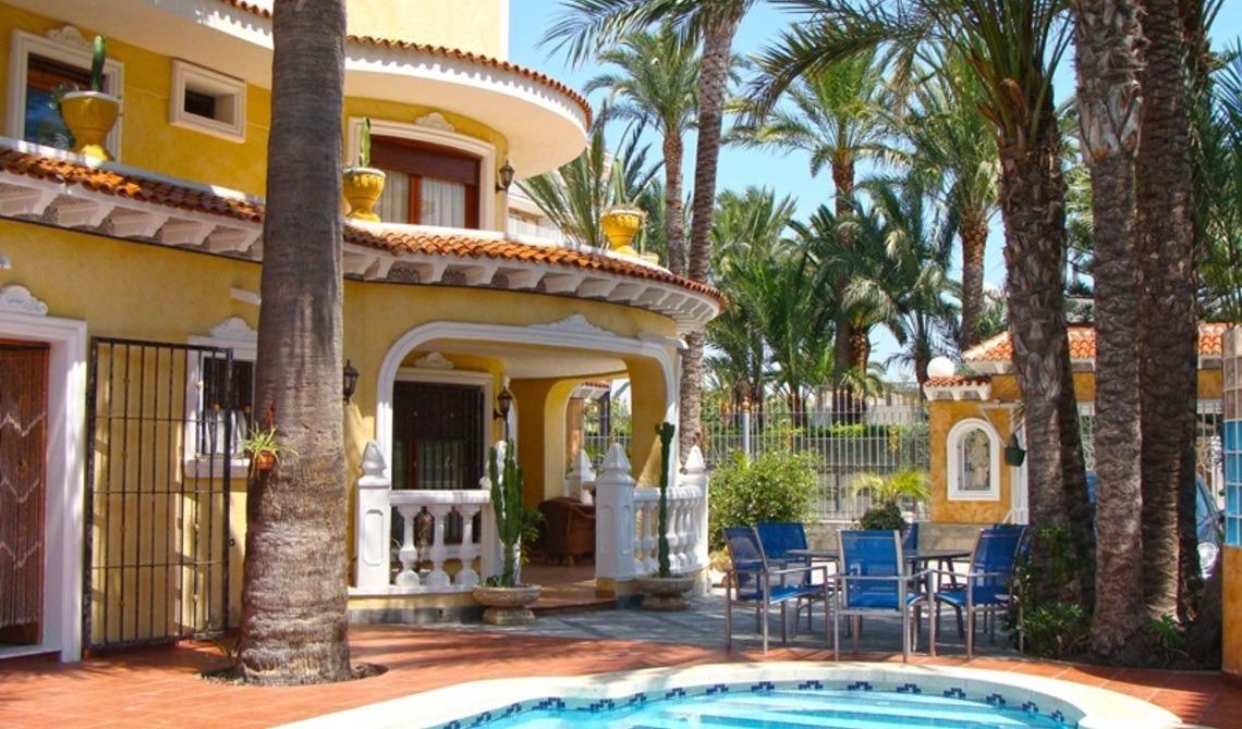 Недвижимость испании торревьеха шоппинг