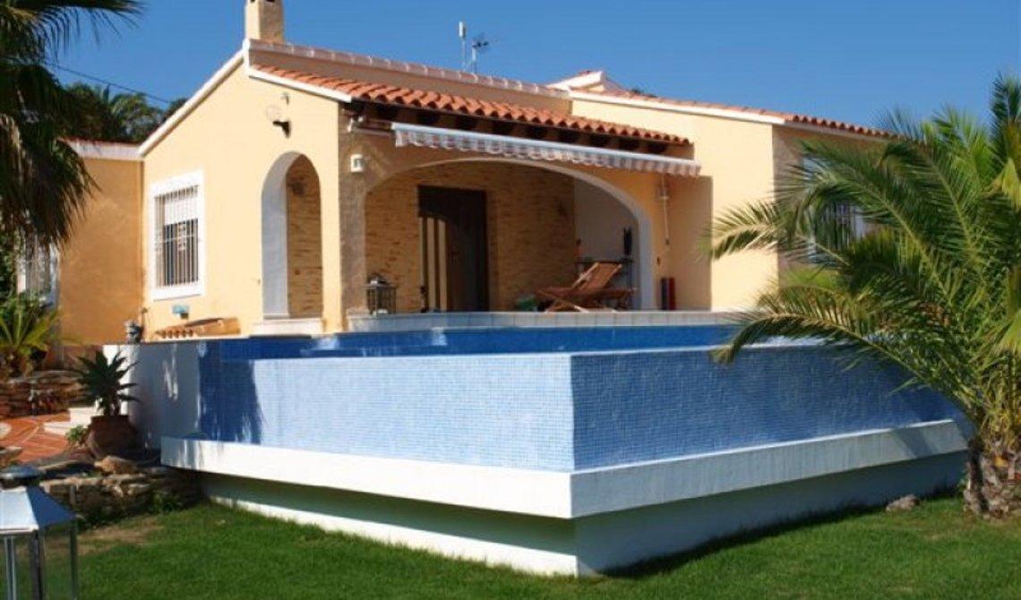 Купить дом в испании с бассейном