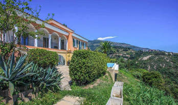 Villa for sale on a hill overlooking sea in Menton, France