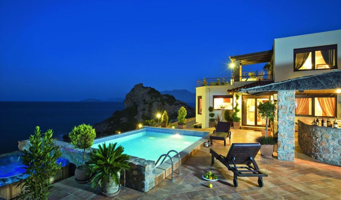 Снять жилье в греции недорого