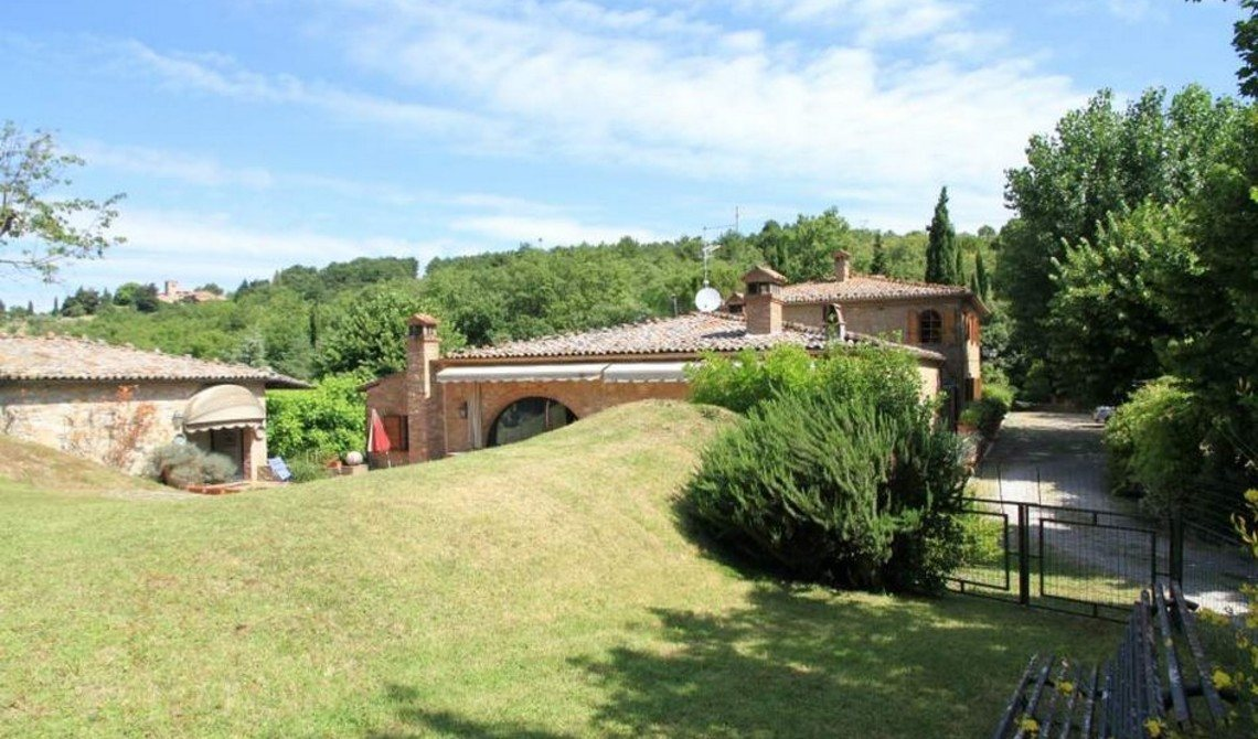 Buy a house in Montepulciano Prices